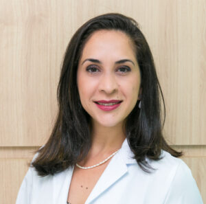 Dra. Fernanda Reis Gomes - Vascular - Clínica Sanvena